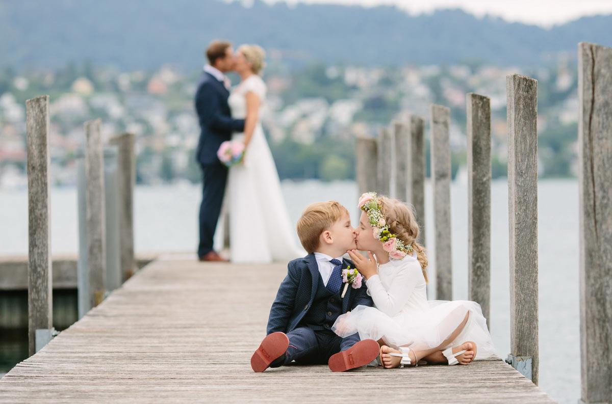 Blumenkinder an der Hochzeit